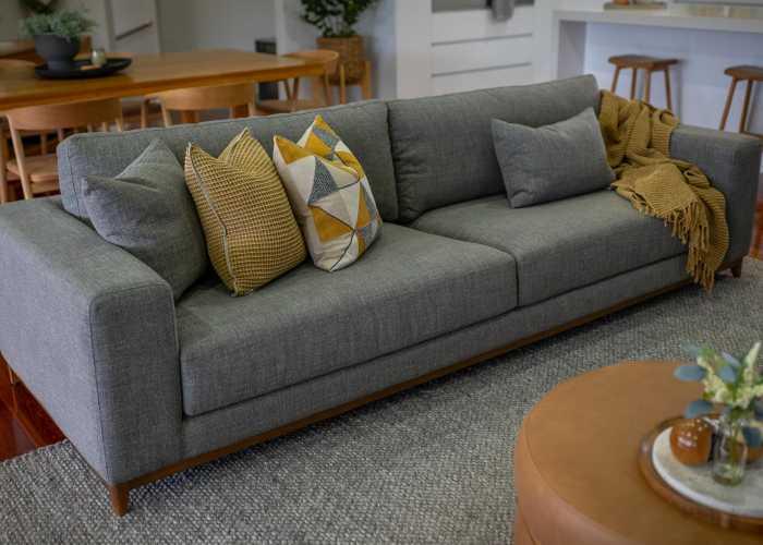 Living Room Blackstone 00000025